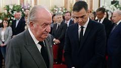 """Sánchez defiende a la Casa Real por """"marcar distancias"""" con Juan Carlos I"""