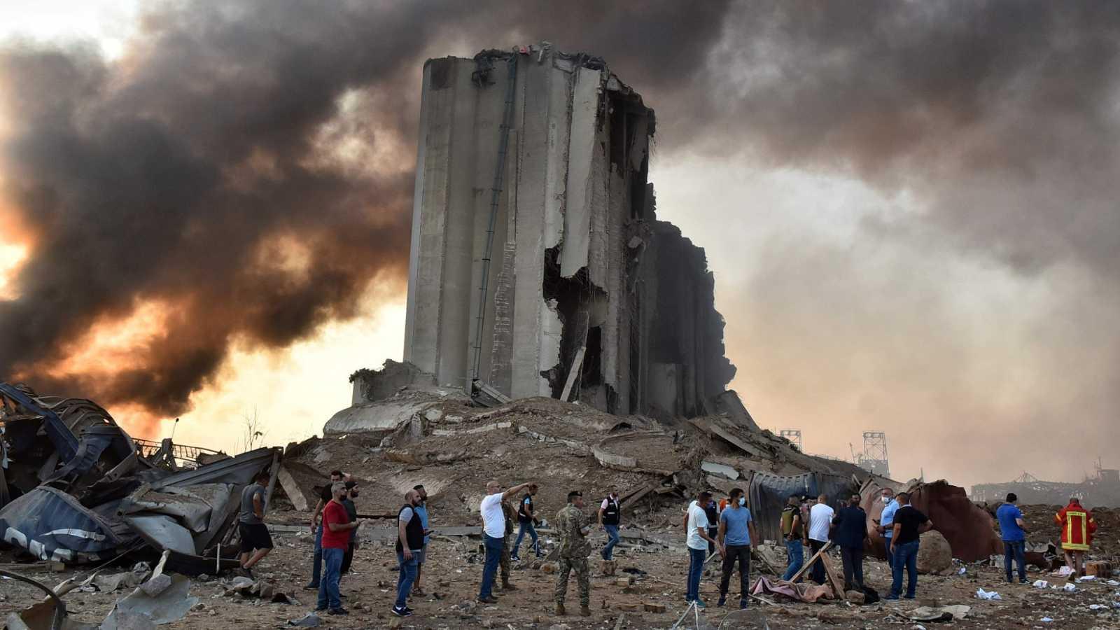 Al menos 78 muertos y miles de heridos tras una fuerte explosión ...