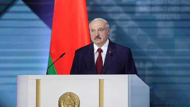 Lukashenko, contra la oposición y Rusia