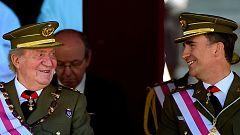 Felipe VI pactó con su padre en un encuentro su salida de España
