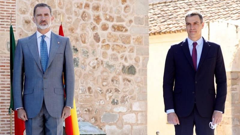 Sánchez defiende el pacto constitucional y la monarquía parlamentaria ante la militancia y el Gobierno