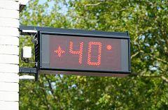 España Directo - ¿Cómo combaten los vecinos de Montoro el calor?