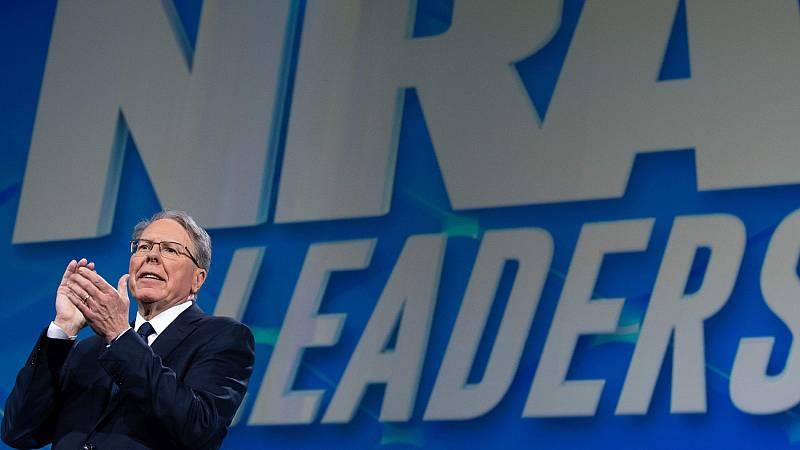 La Asociación Nacional del Rifle, acusada de desviar millones de dólares