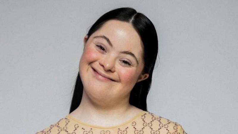 Ellie Goldstein, modelo con síndrome de Down, todo un ejemplo de superación