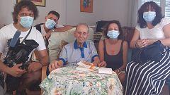 El autor de 'Fray Perico y su borrico', convertido en 'influencer' a sus noventa años