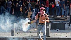 Un policía muerto y decenas de heridos en enfrentamientos en Beirut