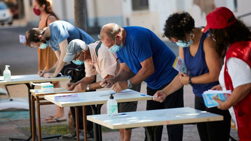Los contagios de coronavirus aumentan  en España a pesar de las restricciones