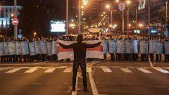 Miles de manifestantes acusan a Alexandr Lukashenko de fraude electoral