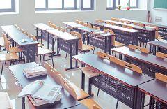 España Directo - 900 vecinos de Verducido luchan contra el cierre de su escuela