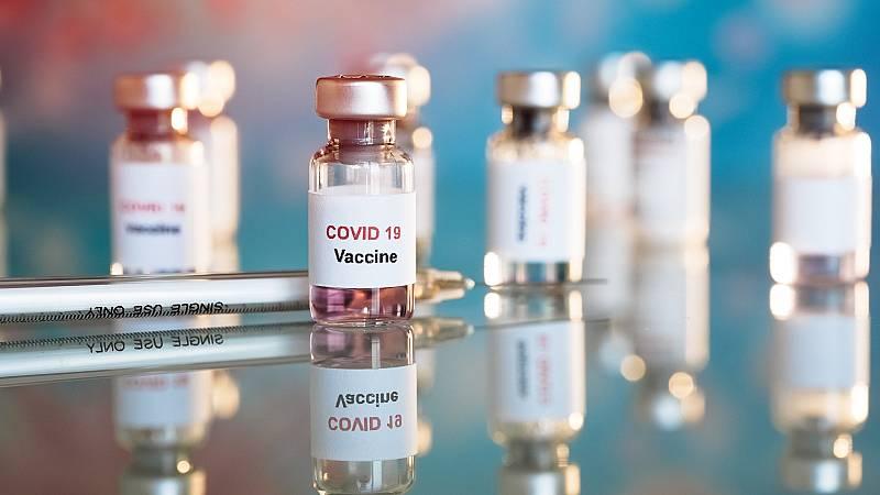 La comunidad científica internacional muestra sus dudas respecto a la vacuna rusa contra el coronavirus