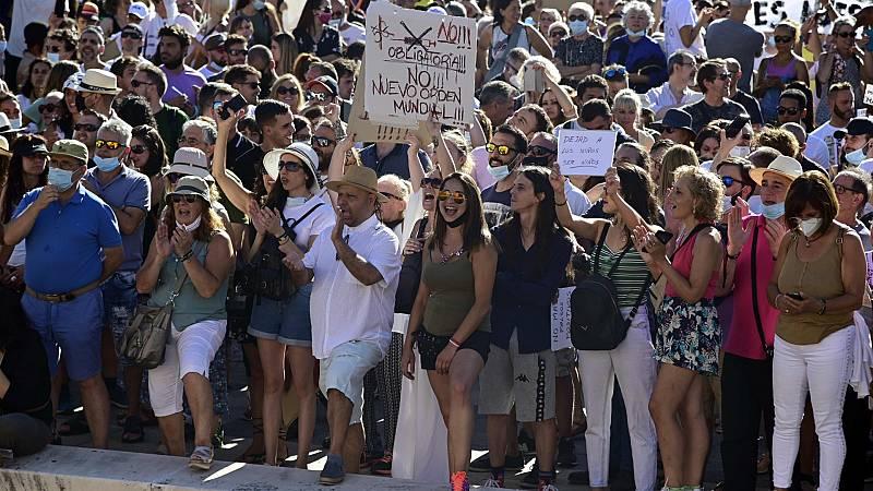 Manifestación en Madrid contra el uso de mascarillas