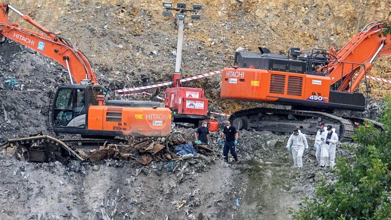 Hallan restos óseos humanos en el vertedero de Zaldibar