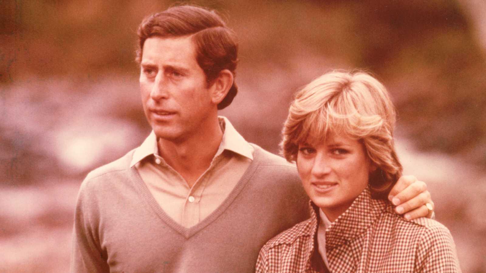 El príncipe Carlos y Diana, un amor con fecha de caducidad