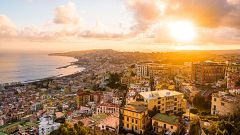 Paraísos cercanos - Nápoles, un volcán de vida