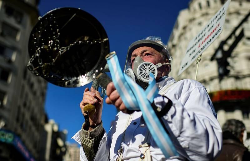Los argentinos, contra su cuarentena 'eterna'