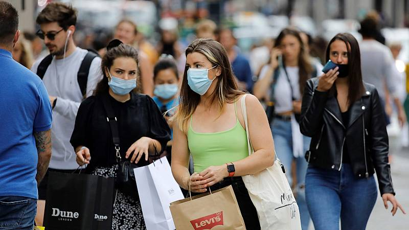 Europa impone restricciones ante el repunte de casos de coronavirus