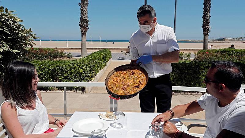 El sector turístico pierde más de 300.000 afiliados en julio por la pandemia