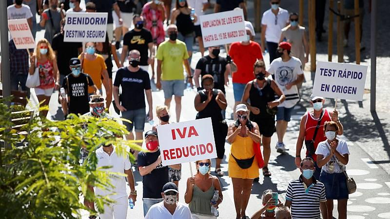 El sector del ocio se manifiesta en Benidorm para reclamar ayudas al Gobierno