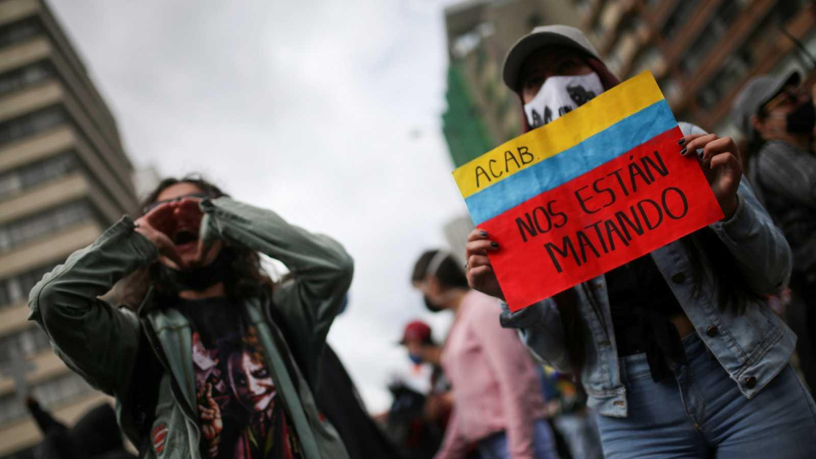 Colombia protesta por un incremento de la violencia que ha dejado 33 muertos