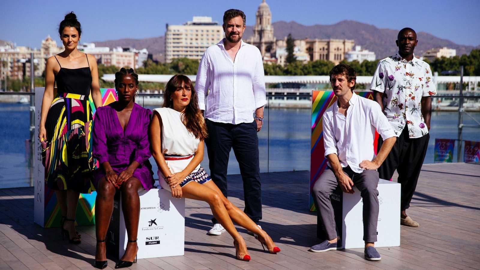 Candela Peña y Raúl Arevalo presentan en el Festival de Málaga 'Black Beach', de Esteban Crespo