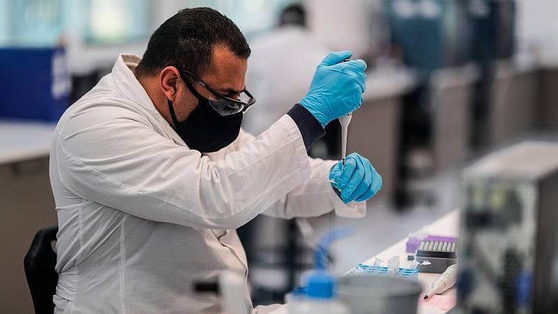 La vacuna de Oxford contra el coronavirus podría estar lista antes de final de año