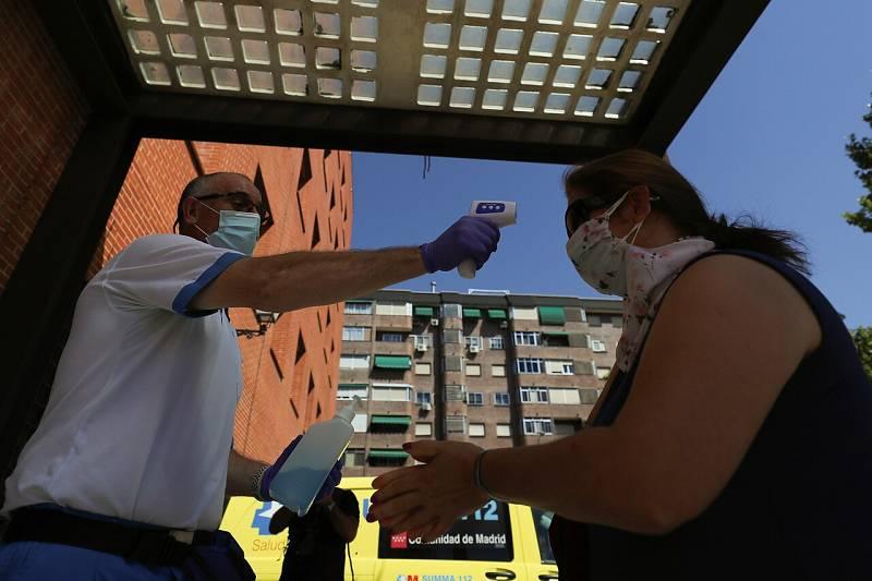 Madrid acumula casi la mitad de los nuevos casos de coronavirus, que alcanzan su cifra más alta en Andalucía