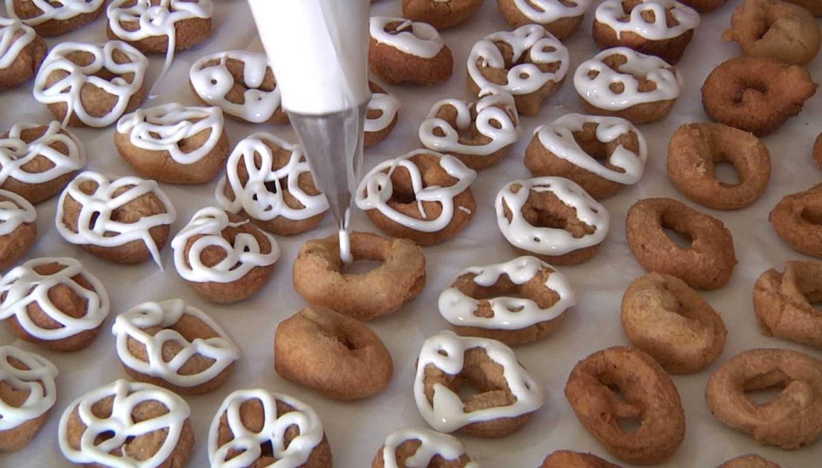 Las famosas rosquillas fritas de Carbonero el Mayor