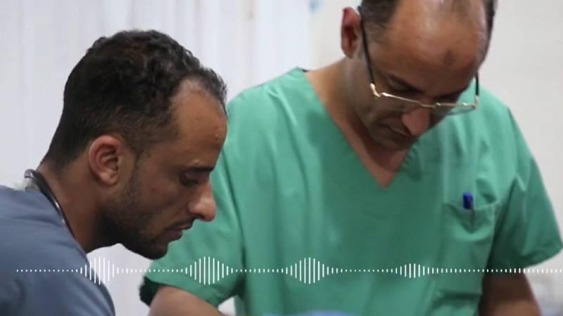 """""""La guerra ha puesto patas a arriba nuestra vida. De la estabilidad al desplazamiento, y de la tranquilidad a una estado de alerta constante"""", Rasheed, traumatólogo en el hospital materno-infantil de Houban."""