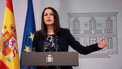 """Arrimadas transmite a Sánchez su voluntad """"real y firme"""" de negociar los presupuestos"""
