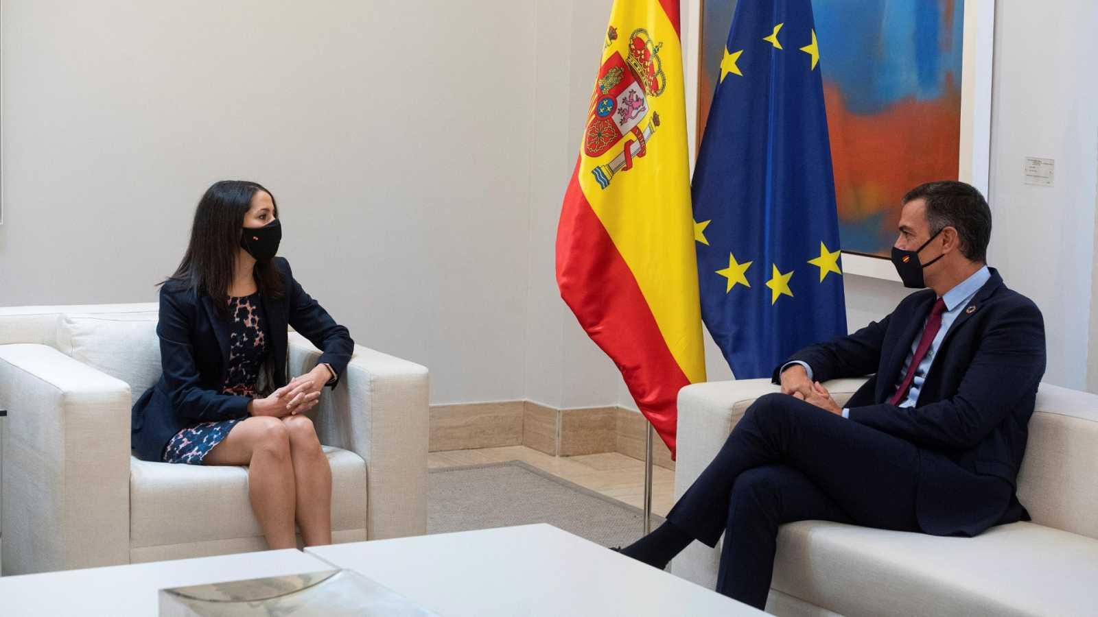 """El PP rechaza negociar los presupuestos si está Podemos y Cs pide que sean """"moderados"""""""