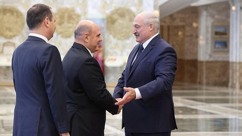 Lukashenko releva a altos cargos coincidiendo con la visita de ministros rusos