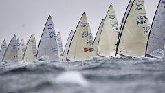 El español Alejandro Muscat lidera la clase Finn en el Campeonato de Europa de vela