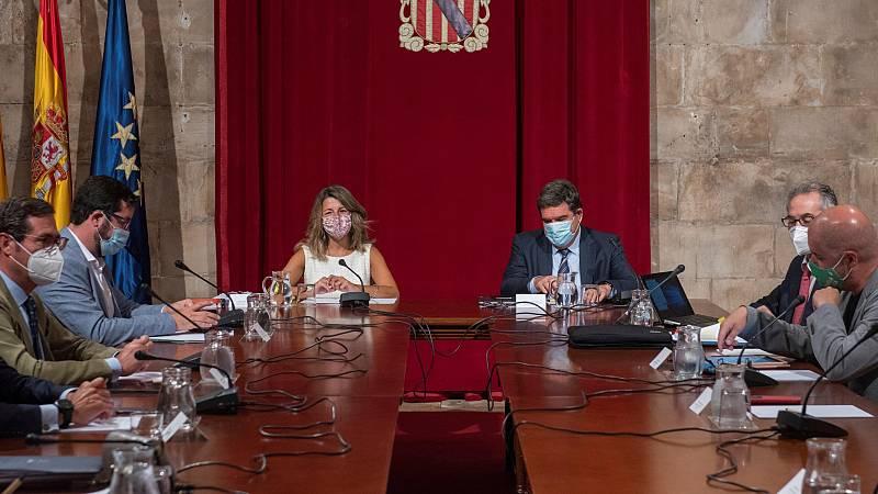 Gobierno y agentes sociales abren la negociación de la extensión de los ERTE