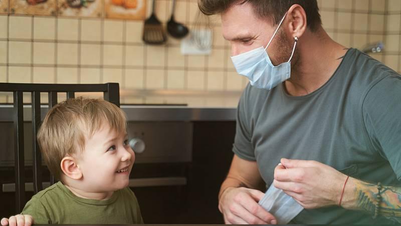 Escrivá, abierto a posibilitar bajas laborales para padres con hijos en cuarentena y sin coronavirus