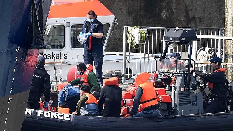 Unos 1.500 inmigrantes, desde el mes de agosto, han llegado al Reino Unido cruzando el Canal de la Mancha