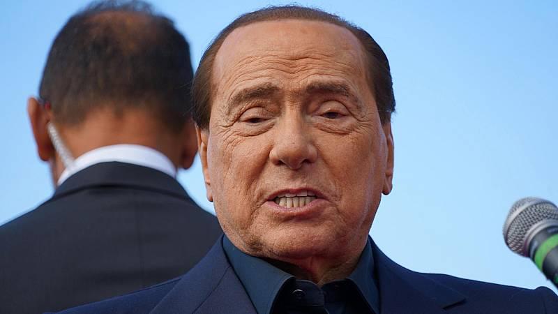 Berlusconi permanece ingresado con neumonía tras dar positivo por coronavirus, aunque su estado no es grave