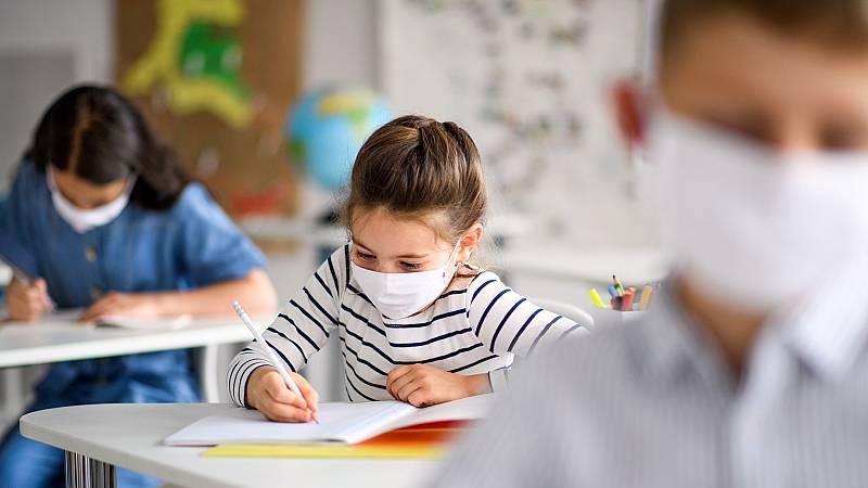 Incertidumbre entre padres y docentes en la vuelta al cole