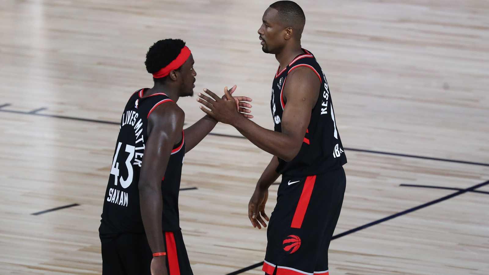 Vídeo: Los Celtics fallan triples e Ibaka los mete: los Raptors empatan la serie