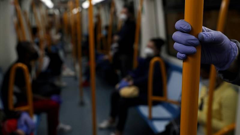 La vuelta al trabajo: el transporte público comienzan a recuperar la actividad tras las vacaciones y la pandemia
