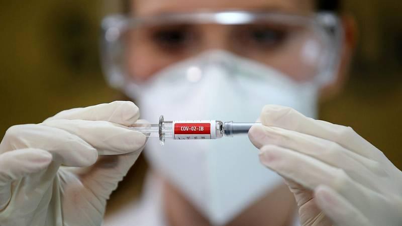 """Simón dice que el proceso de vacunación se inciará con los grupos vulnerables ya que """"no se podrá vacunar a todo el mundo"""""""