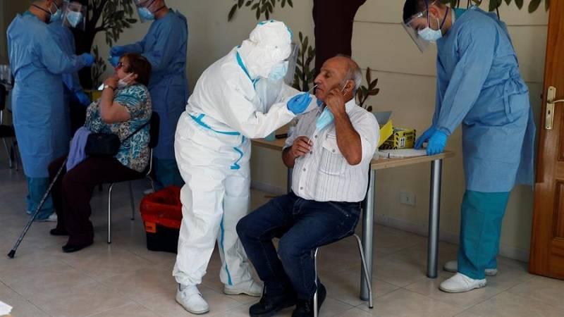 El coronavirus vuelve a irrumpir en las residencias de mayores