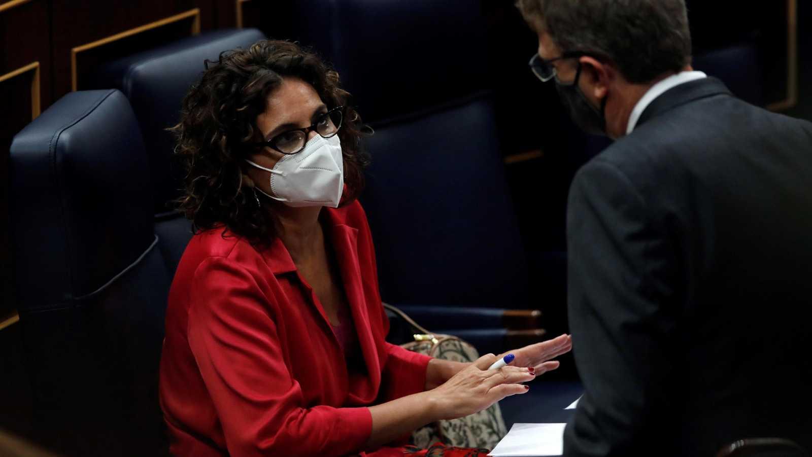 Montero da por perdida la votación sobre los ayuntamientos