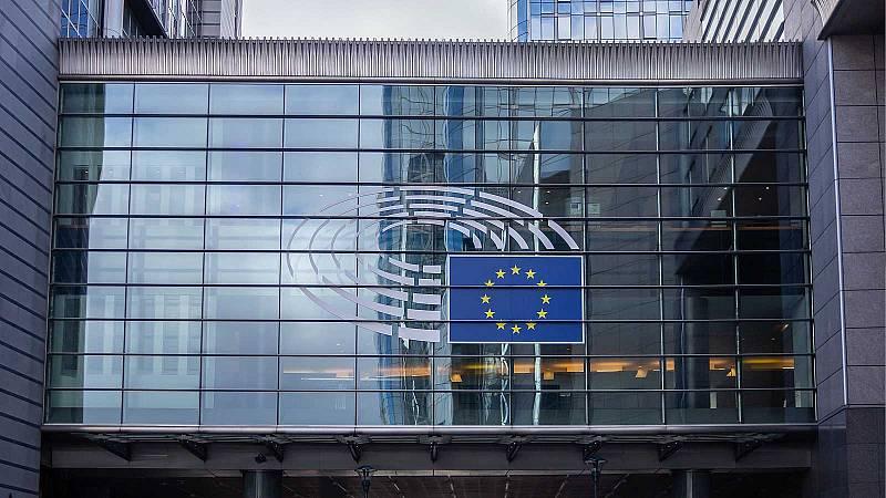 El BCE mejora su previsión de contracción económica para este año hasta el 8 %