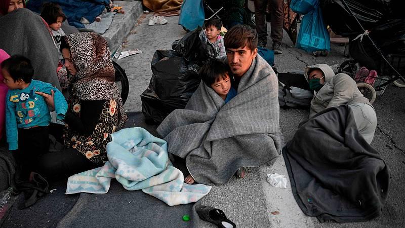 Más de 12.000 refugiados a la intemperie en Lesbos