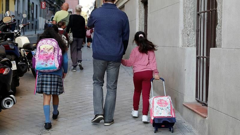Protocolos escolares frente al COVID-19: ¿puede ir al colegio con mocos o dolor de garganta?
