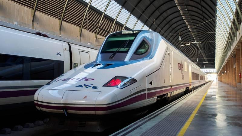 Varios actos vandálicos cortan la circulación de trenes en Cataluña, incluido dos AVE