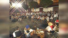 Tenderete - 13/09/2020 Especial fiestas del Pino del año 2001, entrañables imágenes de la historia de Tenderete.