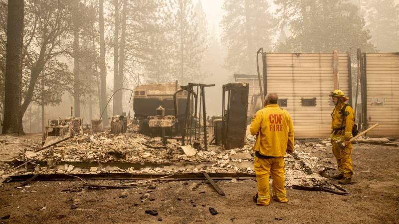 Casi 30 muertos y decenas de desparecidos en los incendios en EE.UU.
