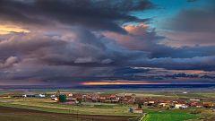 Cielos nubosos y chubascos en la mitad norte de la Península