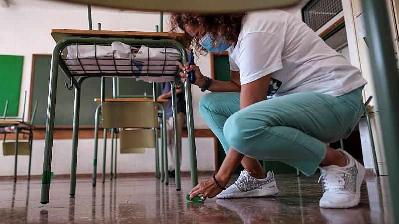 Canarias vuelve a las aulas en un curso marcado por el coronavirus